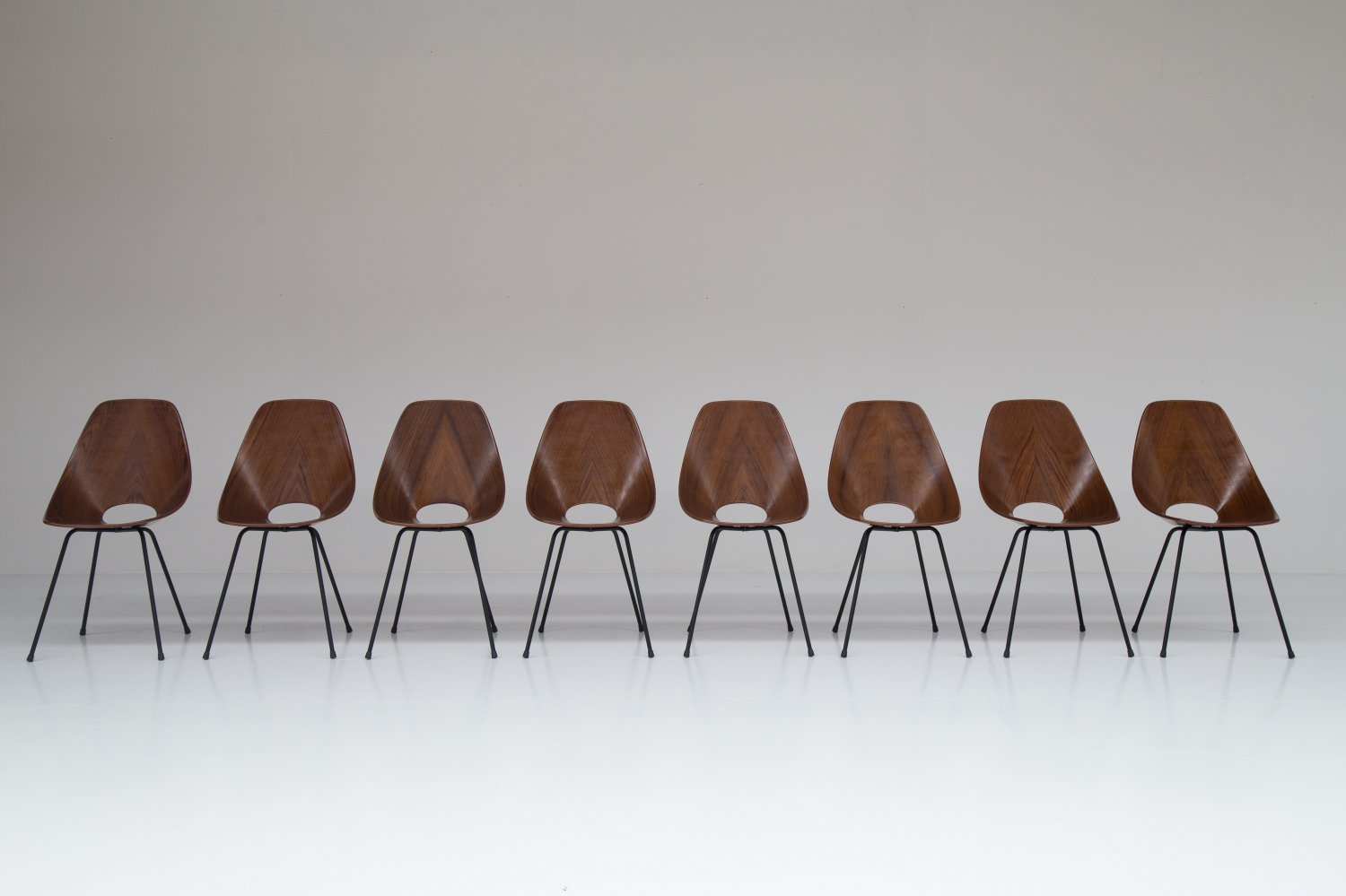 Set of 8 medea chairs by Vittorio Nobili