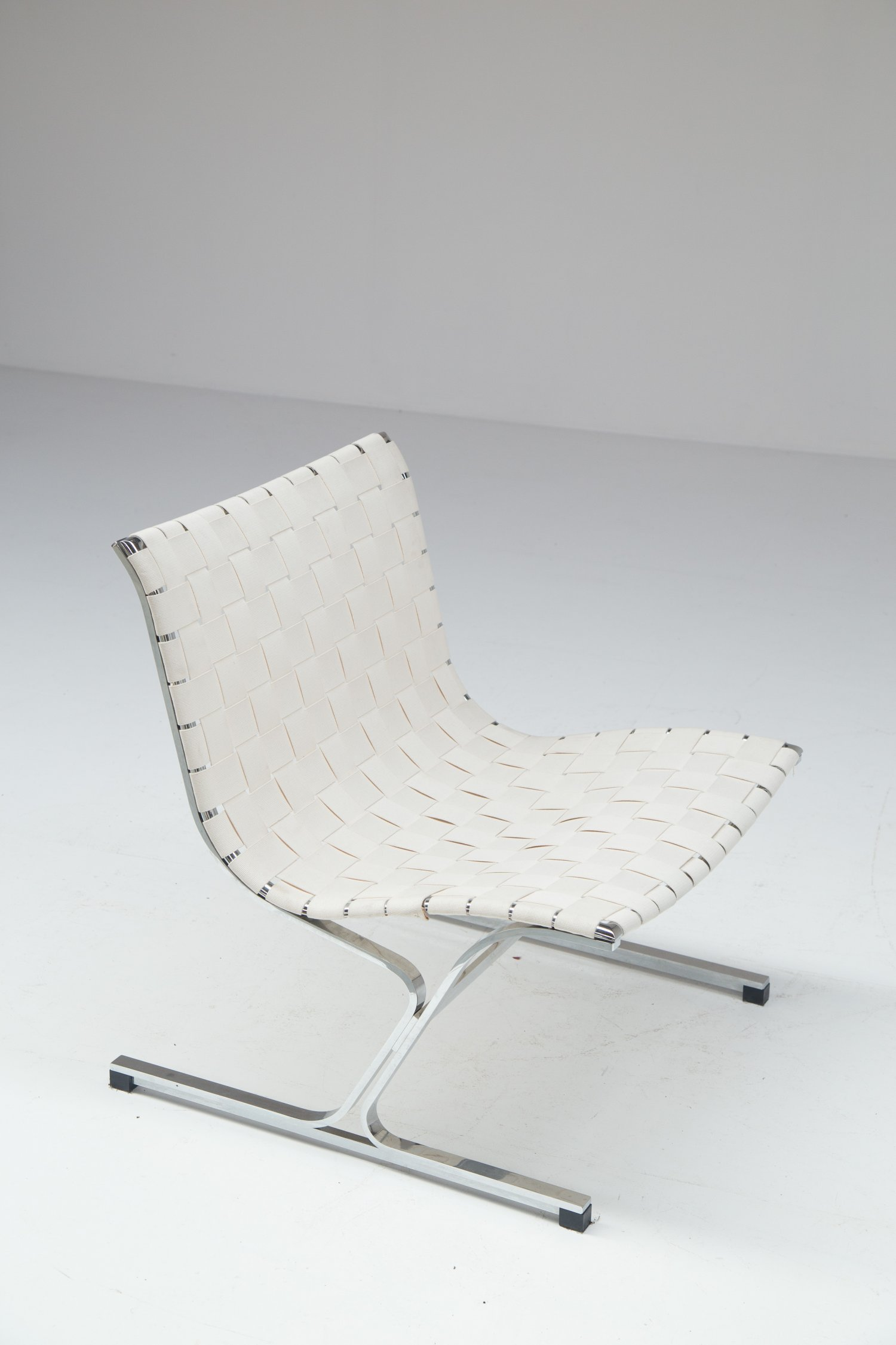 Ross Litell Luar Chair