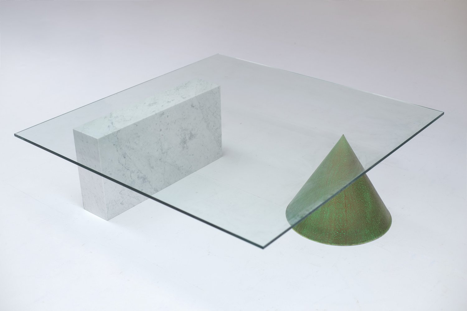 Kono coffee table by Massimo and Lelli Vignelli