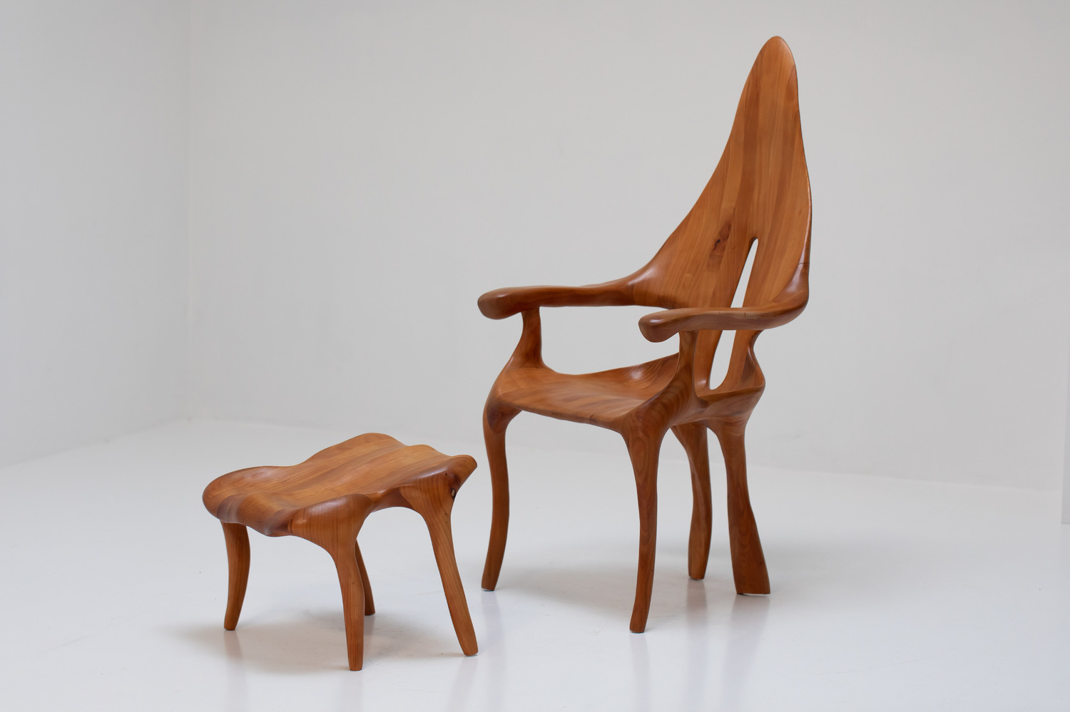 Unknown chair